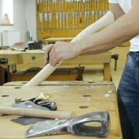 Setting Axe Handles