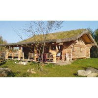 Building a Log Cabin - Round Log Building