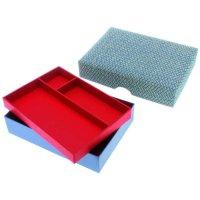 Japanische Schachtel mit Inneneinsatz und leicht gewölbtem Deckel